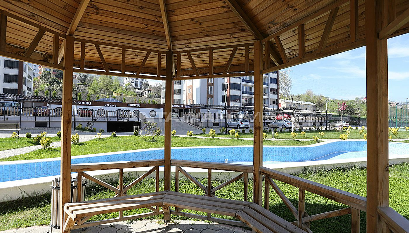 large-apartments-in-trabzon-with-sea-and-nature-view-010.jpg
