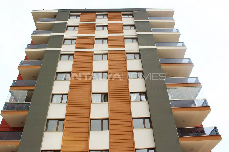 large-trabzon-apartments-with-indoor-car-parking-002.jpg