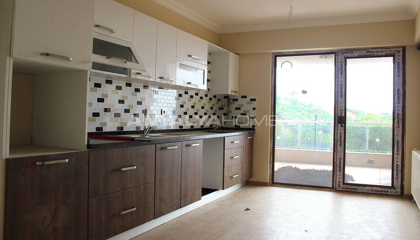 ready-to-move-property-in-trabzon-with-natural-gas-system-interior-004.jpg
