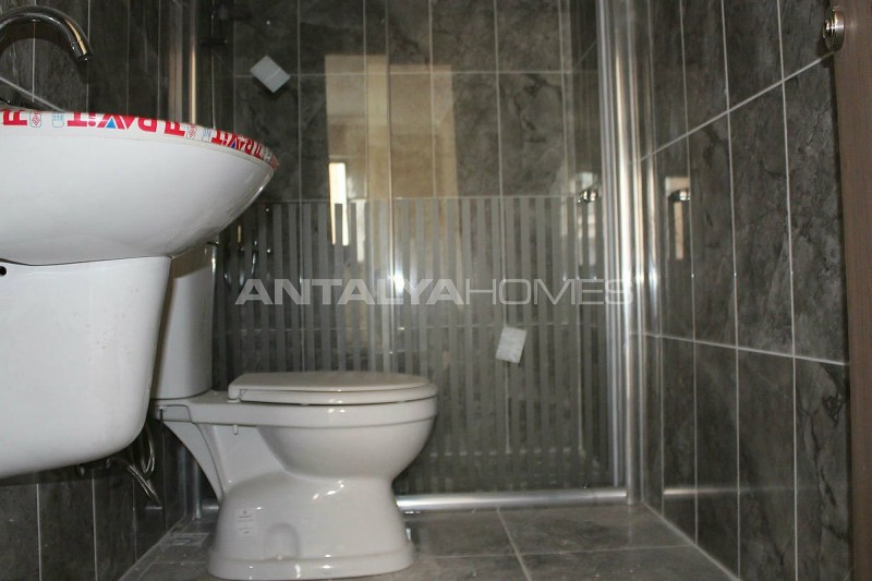 ready-to-move-property-in-trabzon-with-natural-gas-system-interior-008.jpg