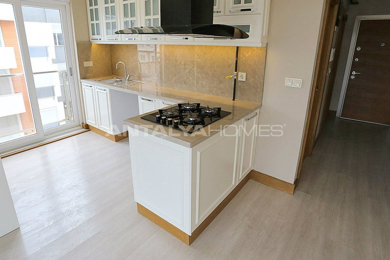 smart-apartments-in-a-popular-area-of-konyaalti-interior-05.jpg