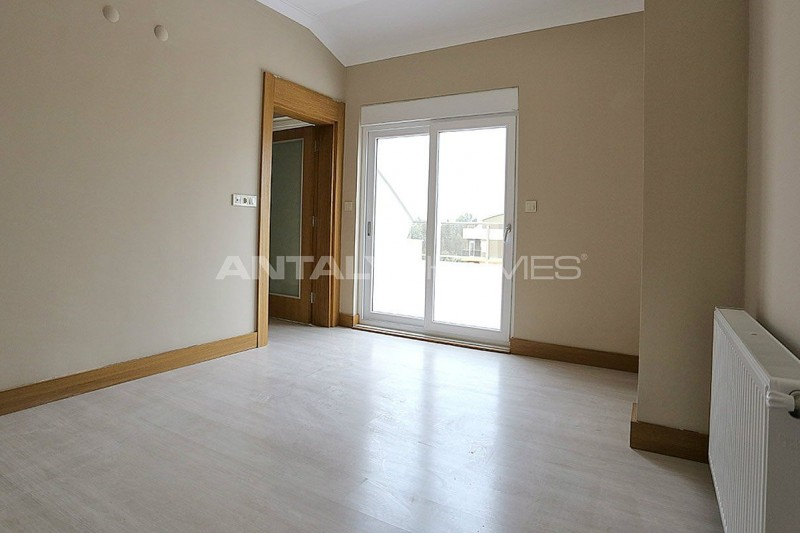 smart-apartments-in-a-popular-area-of-konyaalti-interior-10.jpg