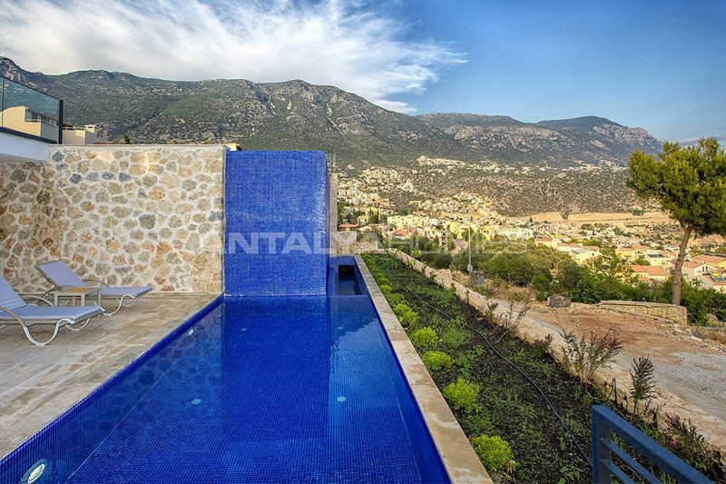state-of-the-art-villa-in-kalkan-with-unobstructed-sea-view-03.jpg