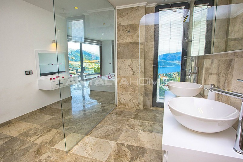 state-of-the-art-villa-in-kalkan-with-unobstructed-sea-view-interior-11.jpg