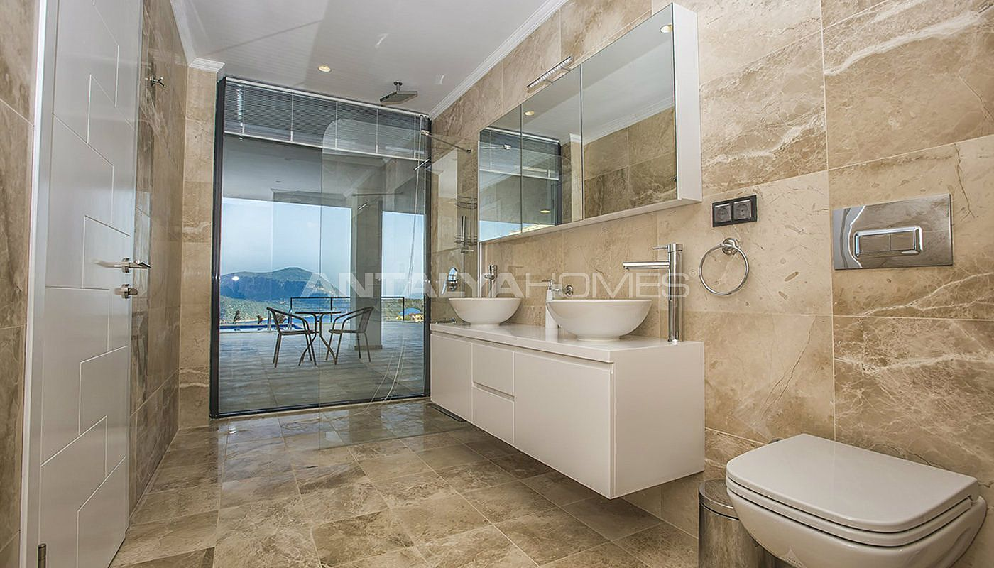 state-of-the-art-villa-in-kalkan-with-unobstructed-sea-view-interior-16.jpg