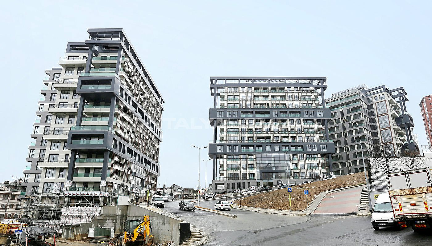 stylish-apartments-notable-with-its-location-in-istanbul-construction-001.jpg