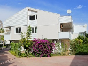 turnkey-4-bedroom-duplex-villa-in-antalya-lara-main.jpg