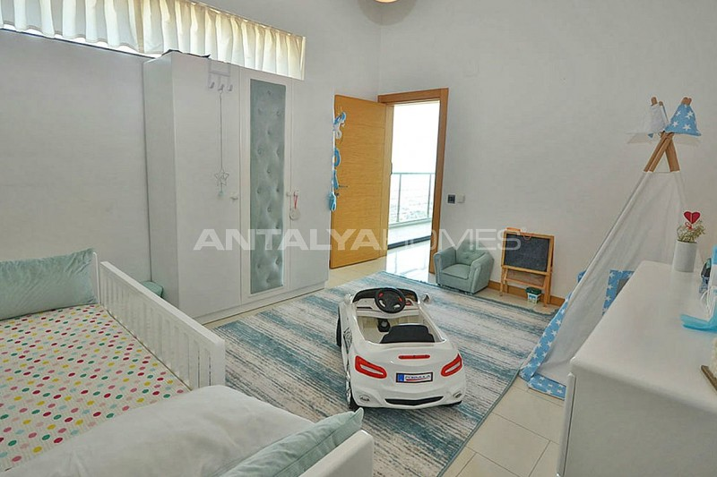 uninterrupted-sea-view-alanya-house-with-furniture-interior-017.jpg