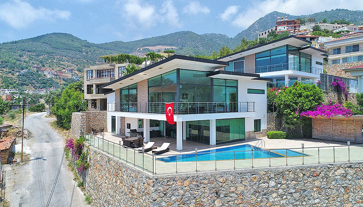 uninterrupted-sea-view-alanya-house-with-furniture-main.jpg