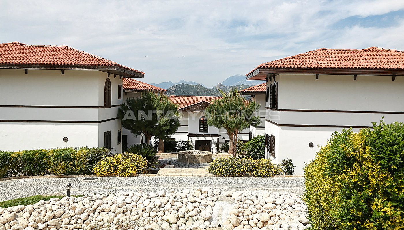 fully-furnished-houses-with-hotel-concept-in-antalya-004.jpg