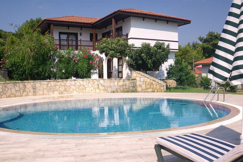 fully-furnished-houses-with-hotel-concept-in-antalya-017.jpg