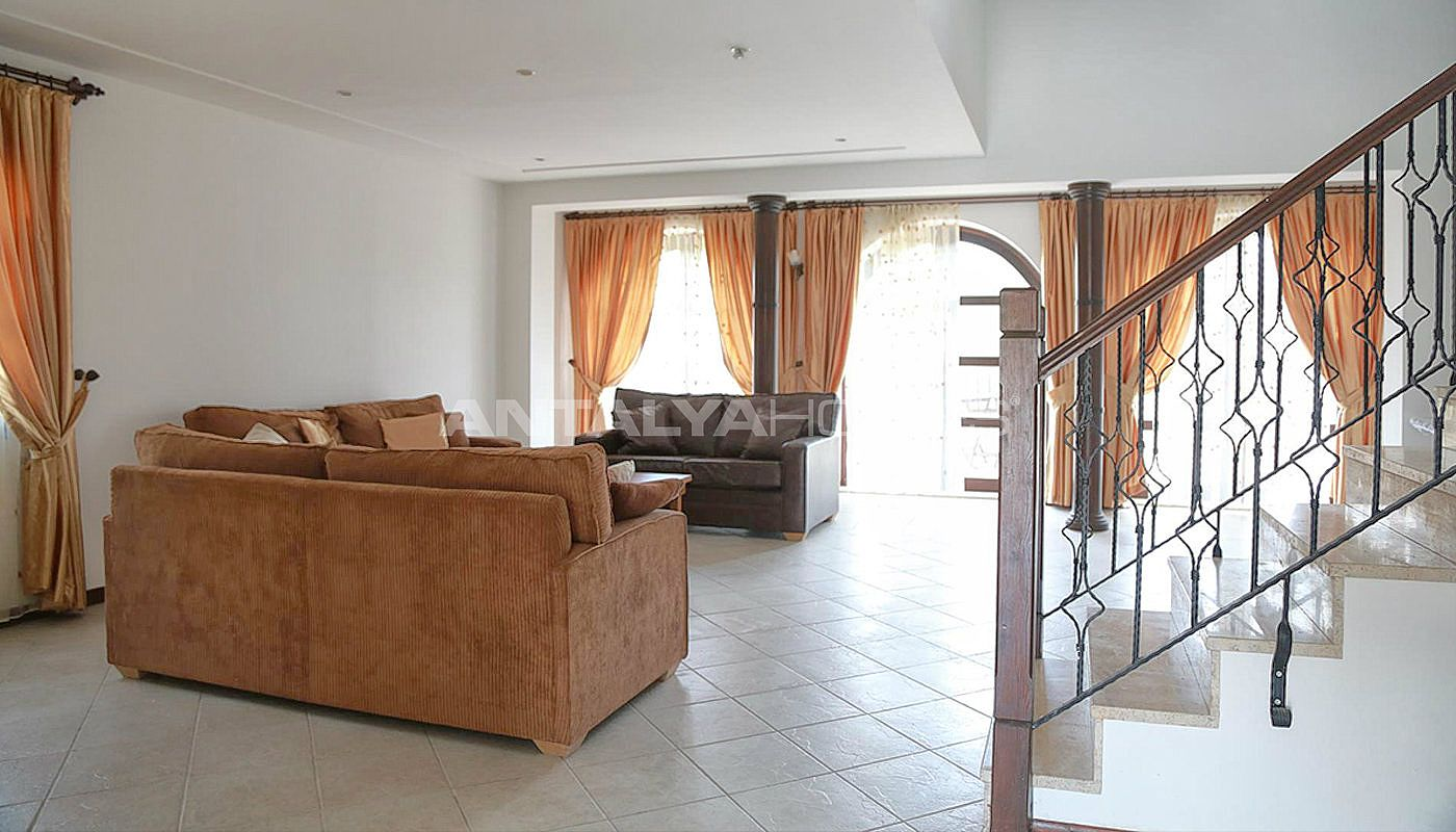 fully-furnished-houses-with-hotel-concept-in-antalya-interior-002.jpg